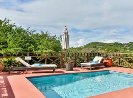 Cap Estate Villa Sleeps 4 Pool Air Con WiFi, Cap Estate