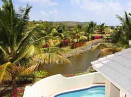 Cas en Bas Villa Sleeps 6 Pool Air Con WiFi, Cap Estate