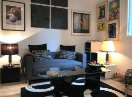Artistic Designer Flat, Ateny