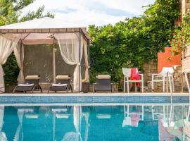 Elia Villa Sleeps 8 Pool Air Con WiFi T720390, Elia