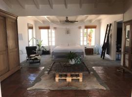 Unique Aruba Retreat unlike none other. Sleeps 8, Paradera