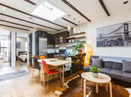 Williamsburg 4br/2BA Dream Pad! #location #groups, Бруклин