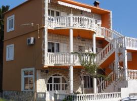 Apartments in Sucuraj/Insel Hvar 6336, Sućuraj