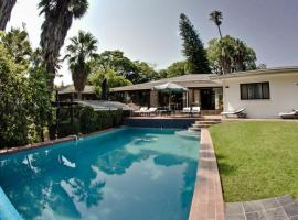 Hotel Pension Palmquell, Windhoek