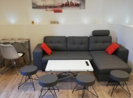 Appartement centre ville 50 m2.. Parking, Pau