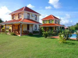 Villa avec piscine partagée (MQSA19), Sainte-Anne
