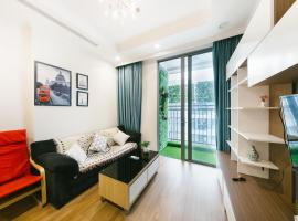 The MARCH House No.2 * 2 Bedrooms * Park Premium * Times City, Hanoi
