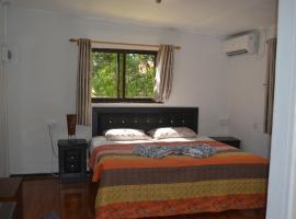 MY OZI PERL - 3 BEDROOM HOUSE, Grand'Anse Praslin