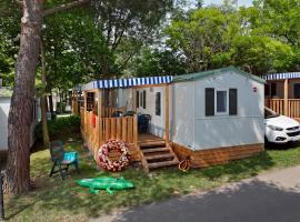 Albatross Mobile Homes on Camping Cisano & San Vito S. p. A., Bardolino