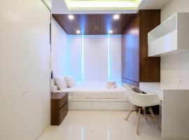 Stylish 1BR Brooklyn Apartment near IKEA Alam Sutera By Travelio, Dongkal Dua
