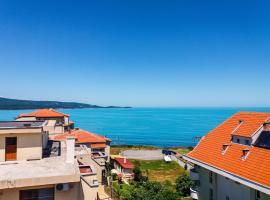 Elegant Retreat In Old Town Minutes From Beach, Primorsko