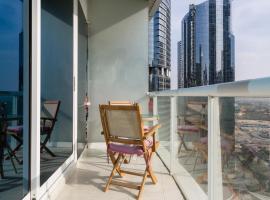 HiGuests Vacation Homes - Lake Terrace, Dubai
