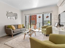 Location, Location - New Apartment in Mornington, Морнингтон
