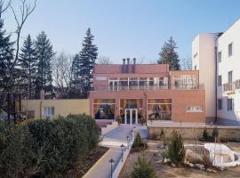 Druzhba Hotel, Bankya