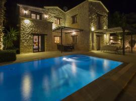Villa Stone House - %90 Muhafazakar Villa, Kalkan