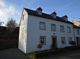 Peaceful Apartment in Plutscheid Eifel near Forest