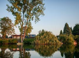 Ferienhaus Seepark Ternsche mit Bootsanleger