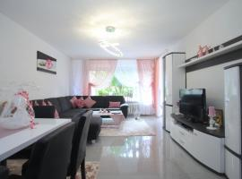 ID 4284 | Private Apartment