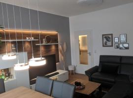 ID 6831 | Private Apartment