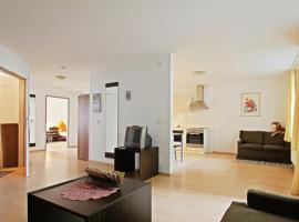 ID 4190 - Private Apartment