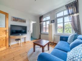 ID 6629 | Private Apartment