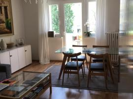 Fantastic location/BERLIN STYLE Apartment