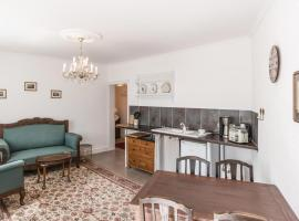 One-Bedroom Apartment in Klanxbull
