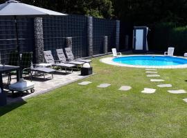 FeWo Meyer mit Pool & Gartensauna