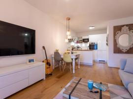 Messe und City Apartment mit 25 m² Garten Lounge