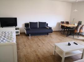 2 rooms apartm fair and hbf in 2-4 min 1-6 Personen possible