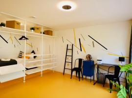 Designer Hostel (2A)