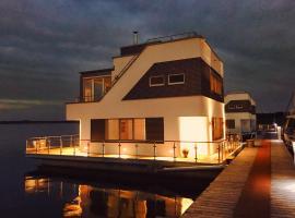 Schwimmendes Haus Robby II