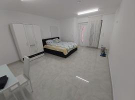 1 Room Apartment (near Frankfurt)