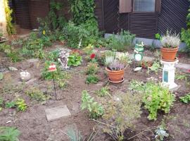 Garten Bungalow DDR Zeit