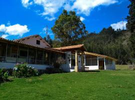 Cabañas Socha Loma, Paipa