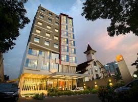 V Hotel Tebet, Dżakarta
