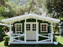 Lukkies Lodge Cirali, Çıralı