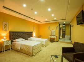 Amber Hotel, Yerevan