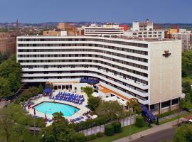 Washington Plaza Hotel,