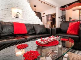 Apartment Black Red White, Belgrad