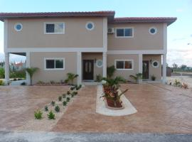 Two-Bedroom Townhouse near Coral Harbour Beach, Nassau