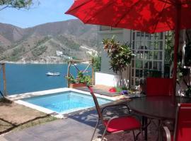 Casas Paraiso y Cabañas Annapurna, Taganga