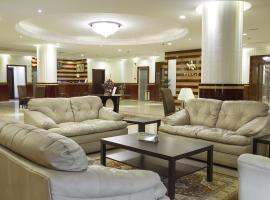 Bronze Suites, Riade