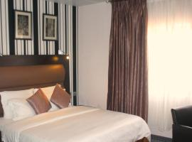 Sweet Spirit Hotel & Resort Mardezok Asaba, Asaba