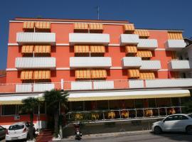 Hotel Paron, Бибионе