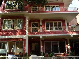 327 Thamel Hotel, Kathmandu
