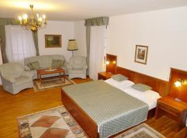 Hotel Nosal, Prag