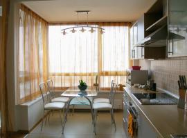 Apartment Mantas, Zujūnai