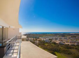 Sea View Penthouse in Albufeira, 阿尔布费拉