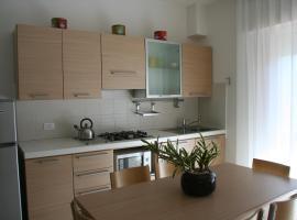 Appartamenti Aquamarina, 利多迪迪耶索洛